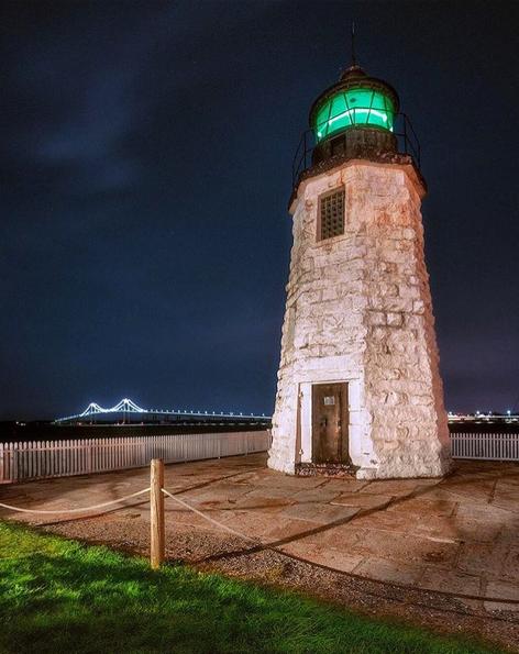 @scottgoldstein lighthouse goat island