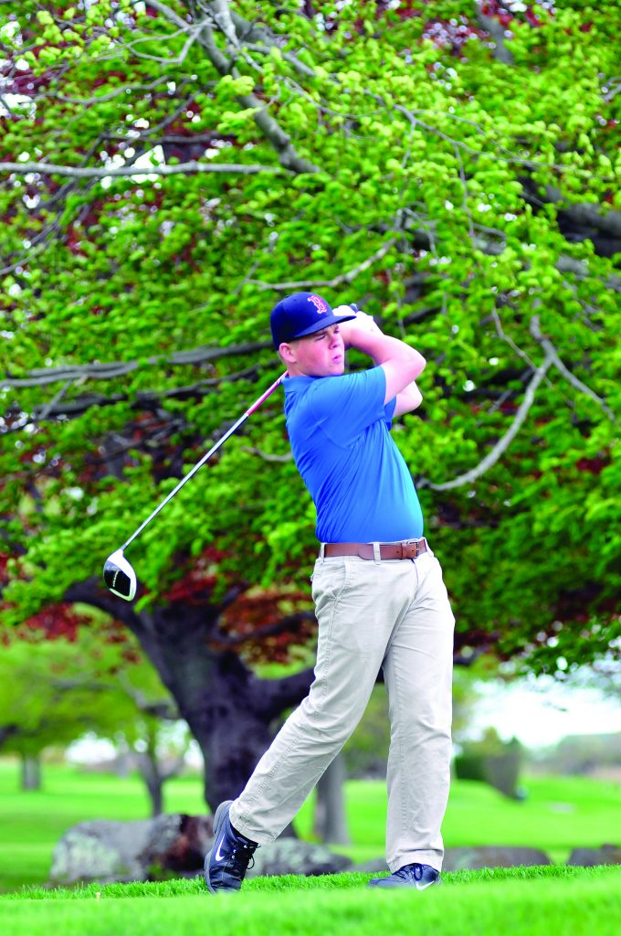 Wanumetonomy Golf & Country Club by Michael Derr